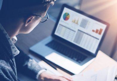 保護中: 各企業ごと業績をグラフや数値で比較して分析することができるサイト(必要交換コイン数1)